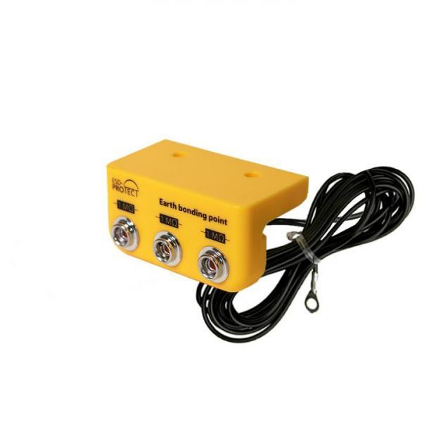 Erdungsbox mit 3x DK10, Ringöse